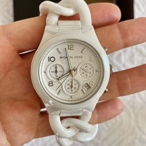 Michael Kors  white ceramic watch new used only once